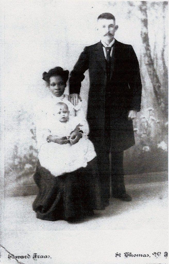Foto af Agathon med Florissa og sønne Hans Leo