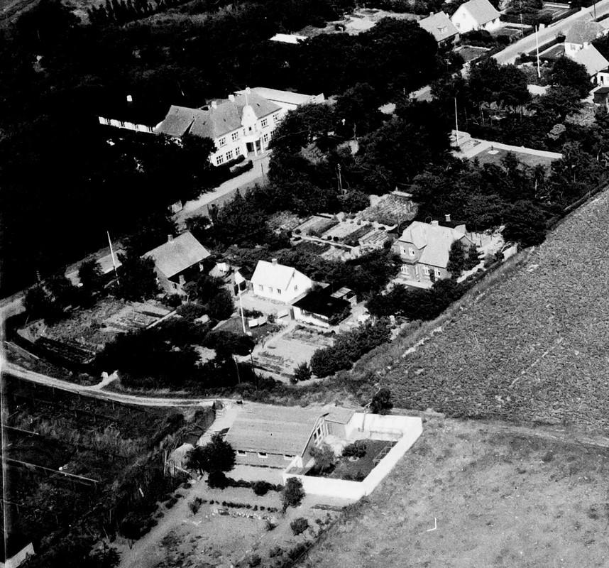 Ludftfoto af Hilmar Wulffs hus i Onsevig