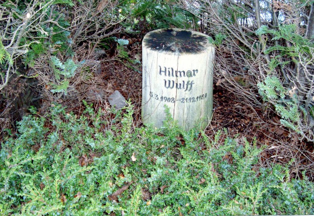 Hilmar Wulffs gravsten