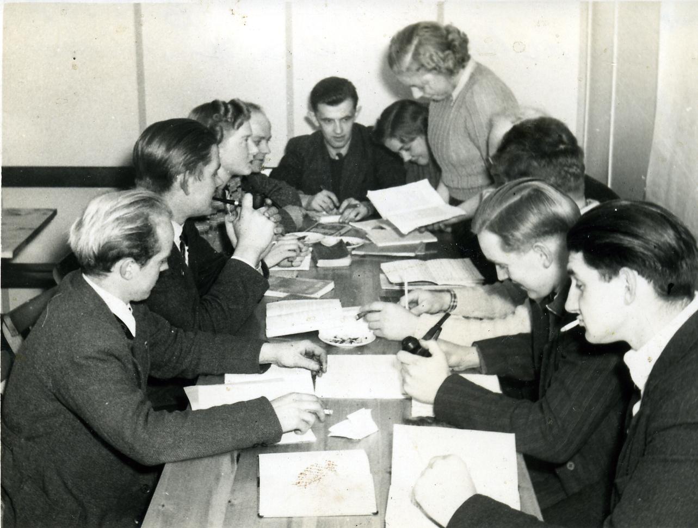 Studiekreds i DSU Nakskov 1951