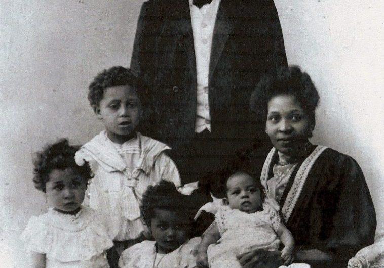 Agathon og Florissa med deres fire børn