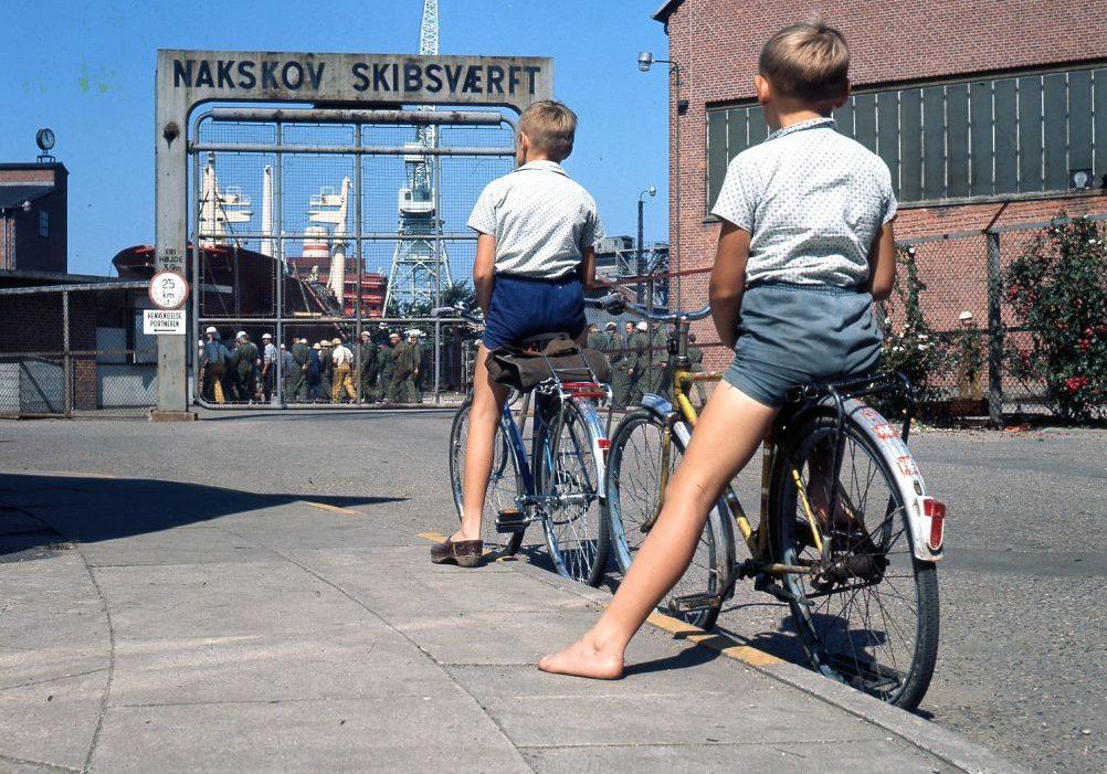Porten ind til Nakskov Skibsværft i 1970